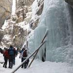 冬のカナディアンロッキー・ジャスパー観光は凍ったマリーン渓谷がおすすめ